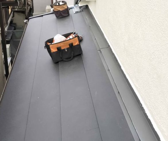 横葺き 横段ルーフ 金属 屋根