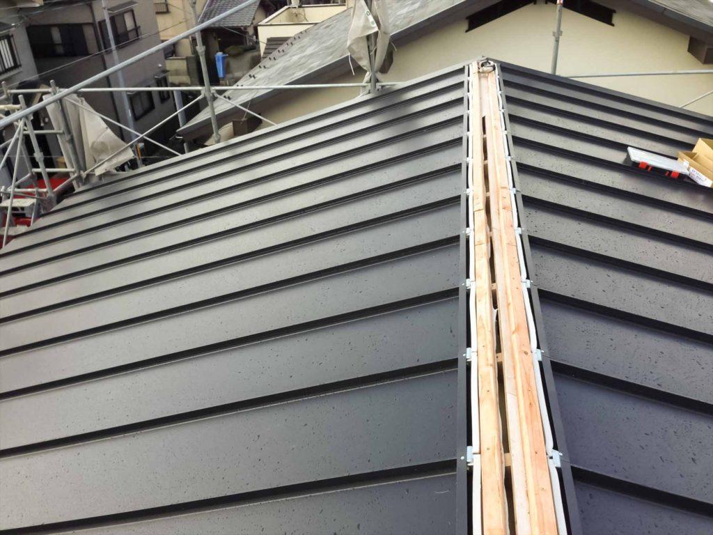 無印良品の家 屋根 外壁 ブラック 黒02_1