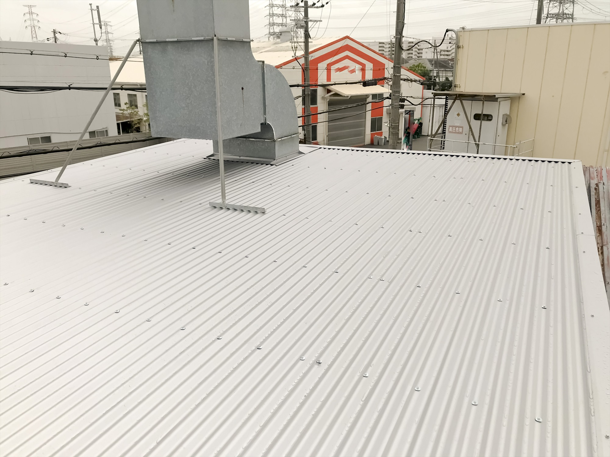 鉄板波板 鉄板大波 カバー工法 キーストンプレート06